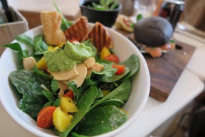 salad - Need more greens in your diet? Don't go for that juice cleanse just yet. It might not give you the fiber and nutrients you need for a healthy brain.