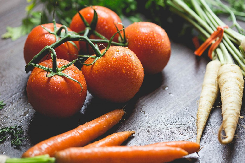 What exactly does a nutritious diet look like? Our nutrition 101 guidelines for enhancing your diet and health today.